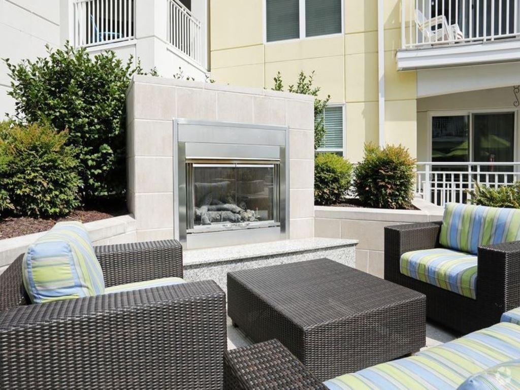 Summer House Apartments (Va.Beach,VA) - Dernis International