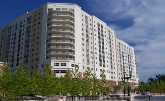 The Cosmopolitan Virginia Beach Apartments (1)